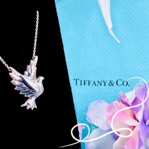 NWOT Tiffany&Co. Paloma Picasso Dove Bird Necklace